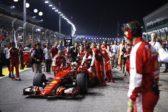 Marina Bay Circuit, Singapore. Sunday 20 September 2015. Sebastian Vettel, Ferrari SF-15T, arrives on the grid. World Copyright: Sam Bloxham/LAT Photographic ref: Digital Image _SBL9065