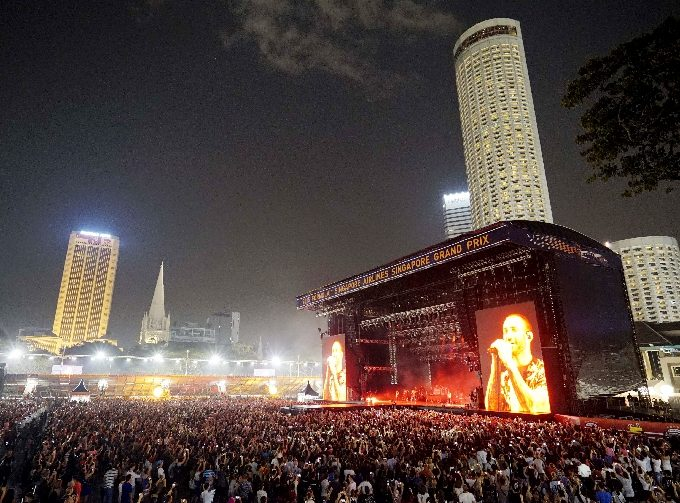 Formula One - F1 - Singapore Grand Prix 2015 - Marina Bay Street Circuit, Singapore - 19/9/15 Maroon 5 performs on the Padang Stage in Zone 4 SGP2015 Mandatory Credit: Singapore Grand Prix / Action Images via Reuters Livepic