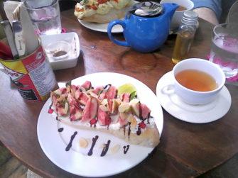 チェンマイの「The Larder cafe」で朝ごはん♪