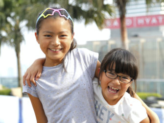 旅行気分でプチ英語留学!小学生2人のマレーシア・サマースクール体験記