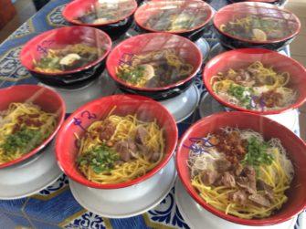 ブルネイのフードコートでローカルご飯を食べよう!