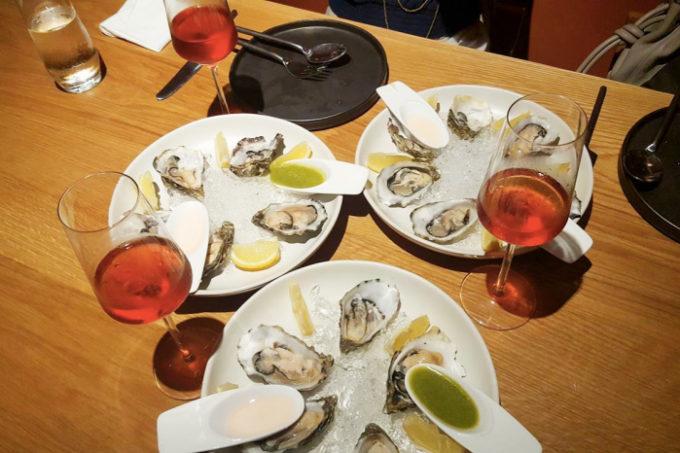 オイスター&CAVA 食べ飲み放題!バンコクのスペイン料理店「Islero」