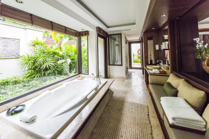 poolvilla_bathroom