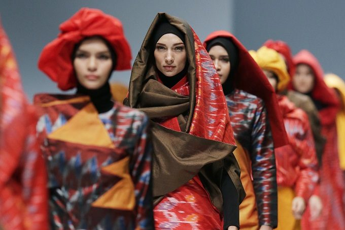 "OCTOBER 27: Models walk the runway of ""Divine"" featuring Spring Summer 2016 collection by Zaskia Adya Mecca during the Jakarta Fashion Week 2016 in Senayan City, Jakarta."