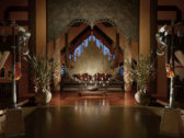 7_Hi_AGT_51908380_Lobby_entrance_at_night_