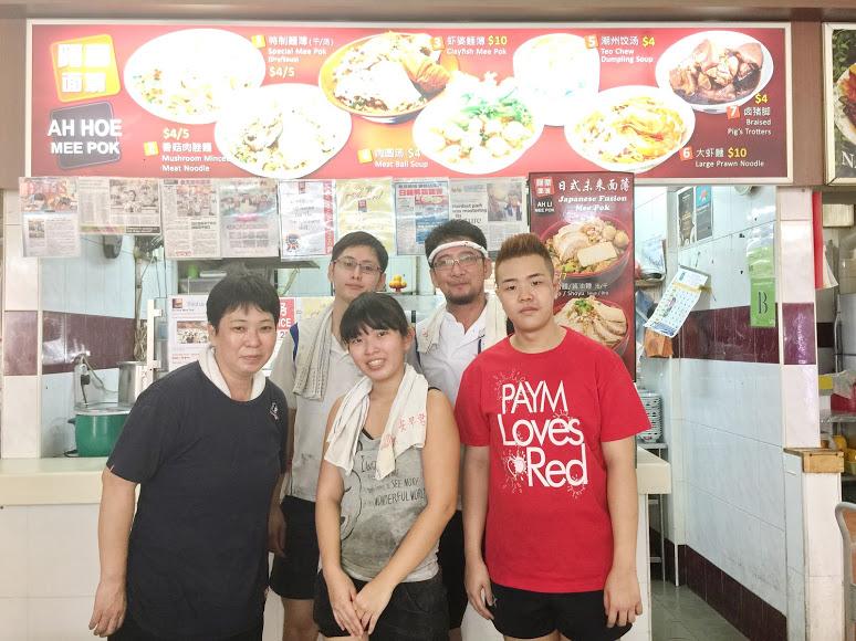 駐在員から一念発起!シンガポールで日本人家族が営むローカルフード屋台
