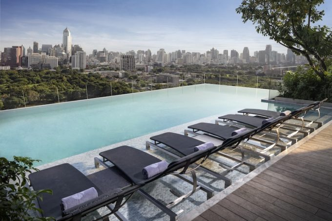 Infinity Pool 03 (by David Dinh)
