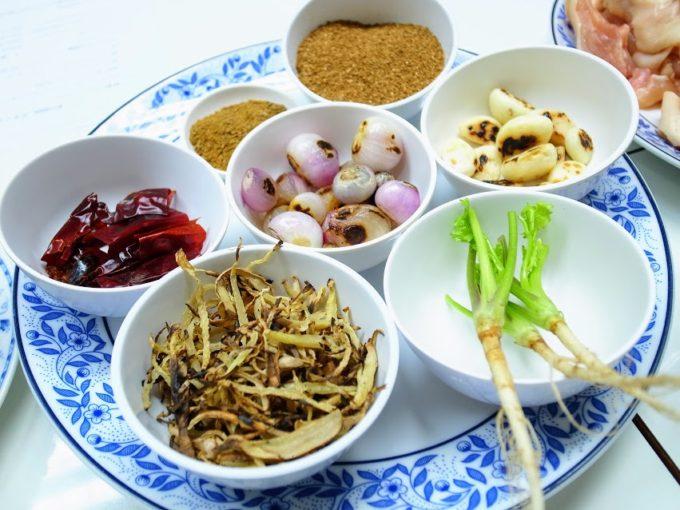 日本語で習う本場の味!バンコクで在住者に好評のタイ料理教室