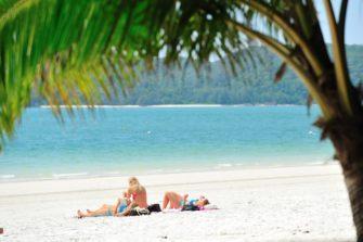 手つかずの自然に囲まれたリゾートアイランド「ランカウイ島」