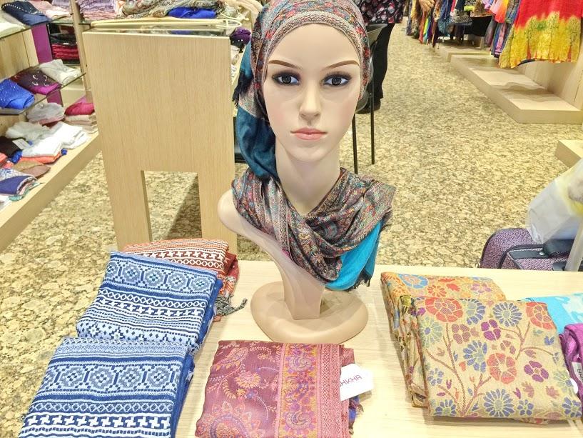 ムスリム女性の必需品!ヒジャブの世界をのぞいてみよう