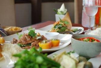 カンボジア料理の特徴と代表料理「アモック」の食べくらべ!
