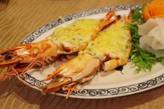 素材の味が活きた繊細な料理が定評!ハノイのベトナム料理店「Cay Cau」