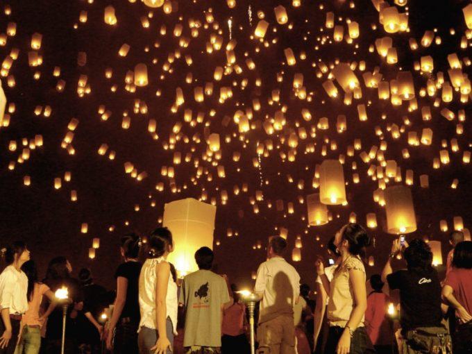 世界中の旅行者を魅了!タイで訪れてみたいお祭り2017