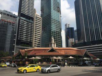 シンガポール金融街のど真ん中のホーカー「ラオパサ」を楽しもう!!