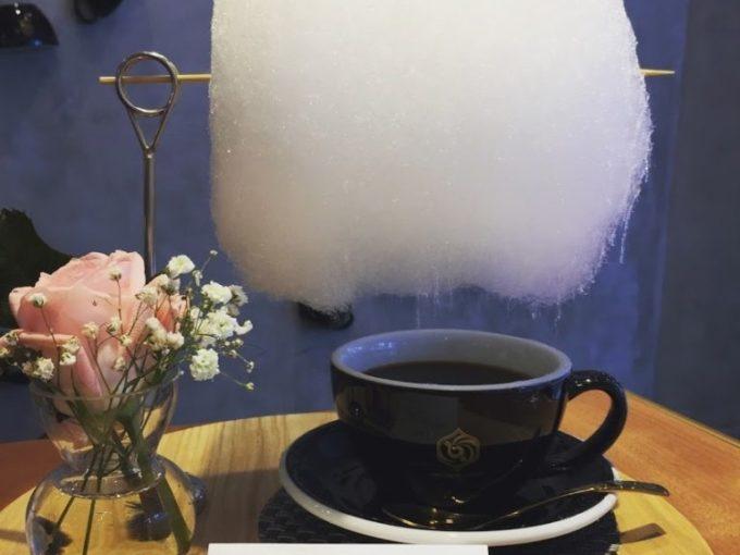遊び心たっぷりのコーヒーメニューに注目!「Mellower Coffee Singapore」
