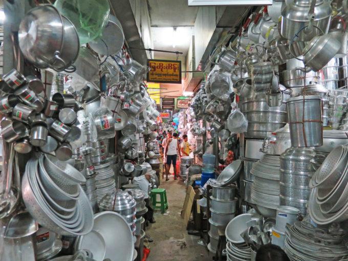 見てまわるだけでも楽しい!ヤンゴンの熱狂市場7選