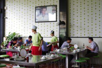 ベトナムのライスペーパー文化の魅力を体感!ダナンの人気レストラン「TRAN」