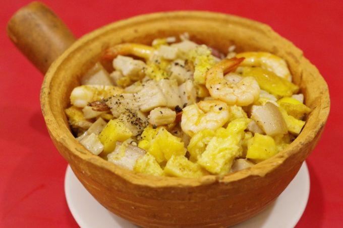 シンプルな味わいが魅力!ダナンで食べる「ベトナム式 釜飯」