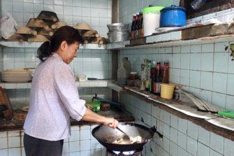 バンコクの中華街・ヤワラーの知られざる 隠れ家名店 食堂巡り