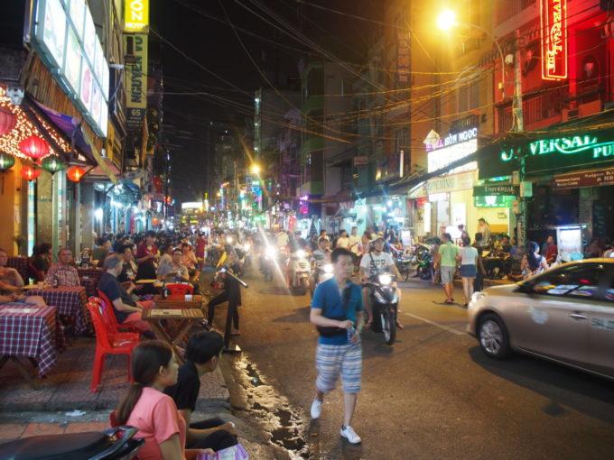ブイビエン通りでおすすめのベトナム料理店+カフェ4選