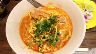 カオソーイ専門店「Ong Tong Khao Soi」がアーリーにオープン