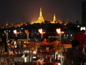 やっぱり人気!シュエダゴンパゴダを望むミャンマーのルーフトップバー