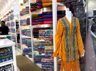 ローカルに大人気! マレーシアの布デパート「ジャケルモール」に潜入