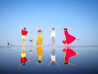 まるでウユニ塩湖!?マレーシアの不思議な島「スカイミラー」